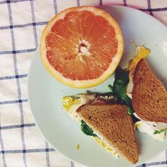 Egg Sandwich and Grapefruit