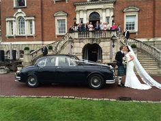 It is highly recommended to concern with the professional transfer companies for hiring the productive and the luxury vehicles for wedding day. It is quite satisfying that wedding cars are driven by proficient and the expert drivers and chauffeurs.
