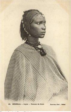 Femme de griot au Cayor (Sénégal)