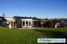 Ranunkelvej 19, Følle Strand, 8410 Rønde - Charmerende fritidshus kun 250m. til vandet og 20 min. fra Aarhus #fritidshus #sommerhus #rønde #selvsalg #boligsalg #boligdk