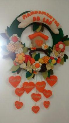 Guirlanda mandamentos do lar com flores corações casinha passarinho em feltro
