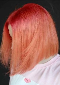 Still looking for best hair colors to wear nowadays? If you can't find the perfect ideas of hair colors to get fresh hair color then must see here for amazing peach hair color shades that is really awesome and suitable idea of hair color for girls and wom Hair Color Shades, Ombre Hair Color, Cool Hair Color, Peach Hair Colors, Pink Hair, Pastel Coral Hair, Pelo Multicolor, Bright Red Hair, Rides Front