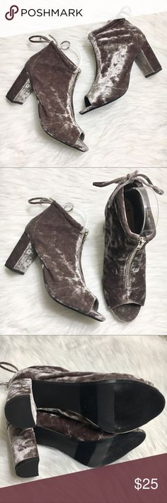 """Report Sakai Peep Toe Crushed Velvet Gray Heels New without box. Heel height: 3.5"""". Size 8.5W. Bow back. Report Shoes Heels"""
