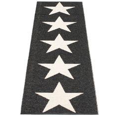 Viggo One Rug Medium, Black, Pappelina #rug #carpet #pappelina #scandinaviandesign #design #royaldesign #star #stars #black