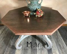 hammered copper finish dining table Textured Paint Rollers, Unique Dining Tables, Copper Decor, Vinyl Tablecloth, Oak Table, Copper Table, Copper Kitchen, Kitchen Fixtures, Hammered Copper