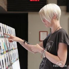 Kate Lanphear prepares backst... | Photo | FirstLook Celebrity Photos