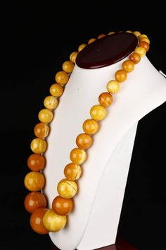 Lot: A Natural Baltic Amber Beaded Necklace., Lot Number: 0109, Starting Bid: CA$1,500, Auctioneer: Five Star Auctions & Appraisals, Auction: Fine Asian Antiques and Arts Auction, Date: May 29th, 2015 EDT