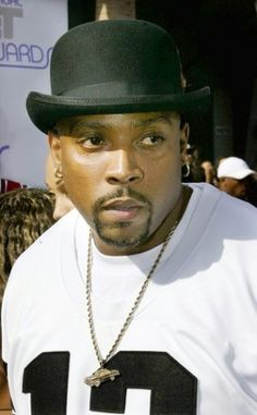 Nate Dogg RIP Dog love this guy the best hooks in rap of all times.