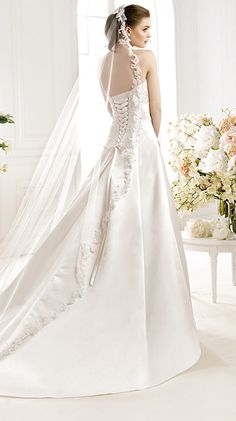 ORLY / Bridal Gowns / 2014 Collection / Avenue Diagonal (back)