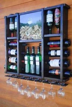 Adega tipo Rack para 14 Garrafas de Vinho e 7 Taças com Porta Rolhas. Rack cellar for 14 bottles of wine and 7 glasses with cork stopper. Made of Demolition Wood. Stopper Holder with Adhe Wood Projects, Woodworking Projects, Teds Woodworking, Custom Woodworking, Wine Rack Design, European Style Homes, Wood Wine Racks, Diy Wine Racks, Unique Wine Racks