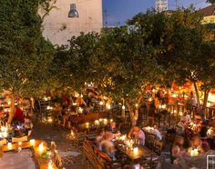 From bars, clubs to after-hour grub destinations... your guide to your nights out in Rethymno, Crete || 🌓🍻🇬🇷