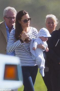 Prince George Takes His First Family Vacation with Mummy Kate Middleton :)