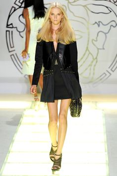 Versace Spring 2012 Ready-to-Wear Collection Slideshow on Style.com