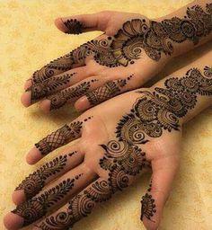 Mehndi is something that every girl want. Arabic mehndi design is another beautiful mehndi design. We will show Arabic Mehndi Designs. Mehndi Designs Book, Simple Arabic Mehndi Designs, Mehndi Designs For Girls, Mehndi Design Pictures, Mehndi Simple, Dulhan Mehndi Designs, Beautiful Henna Designs, Mehndi Patterns, Latest Mehndi Designs