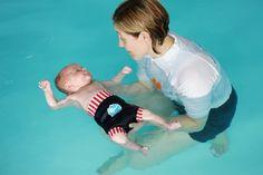 baby schwimmen schwimmen lernen babyschwimmen