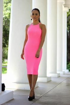 Maytedoll: Pretty in Neon Pink
