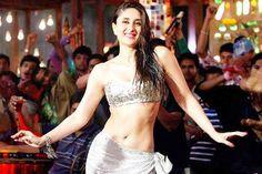 Kareena Kapoor photos: 50 rare HD photos of Kareena Kapoor Bollywood Actress Hot Photos, Indian Actress Hot Pics, Beautiful Bollywood Actress, Most Beautiful Indian Actress, Bollywood Celebrities, Indian Actresses, Kareena Kapoor Navel, Kareena Kapoor Images, Deepika Padukone