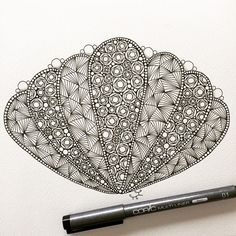 #ゼンタングル #zentangle #zendoodle #doodle #tangle #zenart #pen