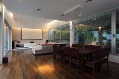 Modern home with an incredible pool: Casa Devoto