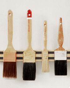 Paintbrush holder from knife holder. Never thought of it!