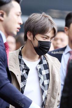 [PICS + VIDEOS] 170310 Kim Jaejoong arrived in Hong Kong Airport | JYJ3