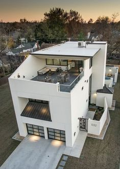 Small House Design, Modern House Design, Minimalist House Design, Rooftop Bars Nyc, Rooftop Design, Roof Terrace Design, Style At Home, Modern House Plans, Modern Zen House