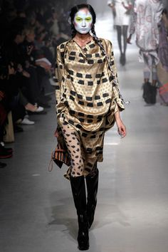 Vivienne Westwood Fall 2013 Ready-to-Wear Collection Slideshow on Style.com