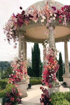 Wedding ceremony ideas are so important to keep in mind when you're getting married. Here are some of the best wedding ceremony ideas. Wedding Ceremony Ideas, Wedding Guest List, Wedding Venues, Wedding Reception, Ceremony Arch, Wedding Ceremonies, Wedding Backdrops, Wedding Church, Reception Ideas
