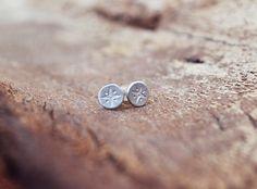 Compass Earrings / Travel Earrings / Wanderlust by Bubblebox