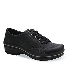 I tried this on last week and I so want this Dansko shoe. I will get this for the summer. Plantar Fasciitis Shoes, Fancy Schmancy, Dansko Shoes, Pretty Shoes, Clarks, Spring Summer Fashion, Blue Denim, All Black Sneakers, Shoe Boots