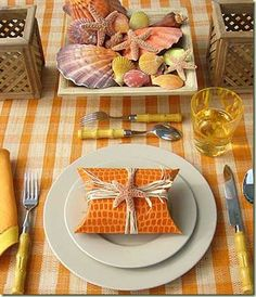 A wonderful example of color use by Carolyne Roehm.  The simplest of plates become so much more exciting!
