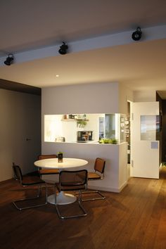 New kitchen in an apartment in Barcelona.