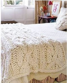 Chunky cable blanket. Looks so comfy and cozy! Like a big sweater for your bed!(Thanks @Kim Haggerty haha)