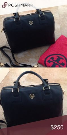 Tory Burch Robinson Bag Authentic purse with strap and dustbag. Steffano Leather, about 13 1/2 inches length , 9 1/2 inches height and 6 1/2 inches width... ..........$220 on the app 〽️ercari Tory Burch Bags Satchels