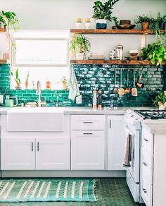Jungalow kitchen.