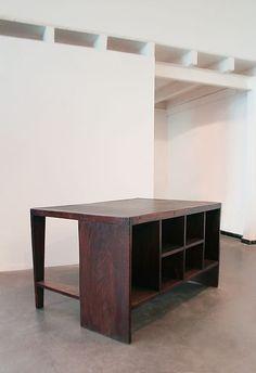 Galerie Clément Cividino / Mobilier Le Corbusier & Pierre Jeanneret