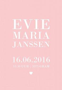 Modern origineel geboortekaartje voor een meisje in letterpress stijl met de naam typografisch strak uitgelijnd op een roze achtergrond.   Wil je een andere achtergrond kleur of een ander lettertype? Dit kaartje kun je zelf naar wens maken online.
