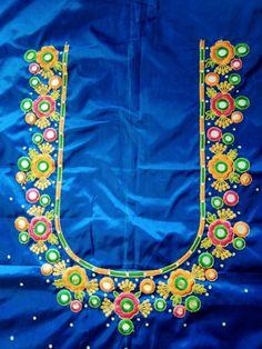 Mirror Blouse Design, Work Blouse, Indian Jewelry, Blouse Designs, Gold Jewelry, Blouses, Embroidery, Simple, Needlepoint