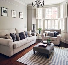 Keep current with the newest small living room decoration a few ideas (chic & modern). Find excellent techniques for getting trendy style even although you have a small living room. Beautiful Living Rooms, Small Living Rooms, My Living Room, Bay Window Living Room, Modern Living, Living Room Decor Uk, Minimalist Living, Tiny Living, Living Room Furniture Layout