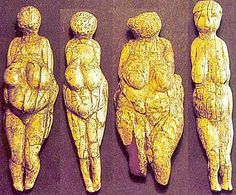 Four ladies from the Avdeevo site, dating to 22,000 years BCE. Looked like it was cool to be chubby!