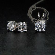 Diamond Hybrid® Basket Earring and Pendant Set | MiaDonna.com http://miaco.us/giftset