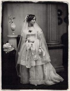 :::::::::: Antique Photograph ::::::::::  Portrait of a Bride - Southworth and Hawes,1850s