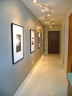 hallway decorating 441071357225267479 - Foyer – contemporary – hall – miami – FGC Design Residential Interiors Source by Hallway Colour Schemes, Hallway Paint Colors, Hallway Wall Decor, Hallway Walls, Hallway Decorations, Home Interior Design, Interior Decorating, Interior Architecture, Narrow Hallway Decorating