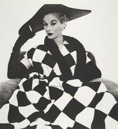 MONOCHROME FASHION MOMENTS    by Hollie Moat