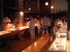 Exposición (del 20 de septiembre al 8 de octubre) y conferencia inaugural en el Paraninfo de la Universidad de Zaragoza (20 de septiembre, a las 19:30 h.) Foto: Inauguración de la exposición
