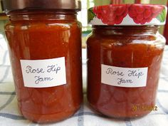 Rose Hip Jam with Red Wine & Apples   Brot & Bread