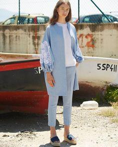 2019 Casual Fashion Trends For Women - Fashion Trends Abaya Fashion, Muslim Fashion, Fashion Dresses, Abaya Mode, Mode Hijab, Iranian Women Fashion, Womens Fashion, Mode Kimono, Hijab Stile