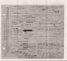 Bonnie Elizabeth Parker - - Find A Grave Photos Bonnie And Clyde Death, Bonnie Clyde, Death Pics, Elizabeth Parker, Famous Outlaws, Real Gangster, Bonnie Parker, Bad Memories