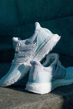 adidas ultra bottes formateurs parley white blue spirit