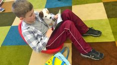 10 Common Flexible Seating Myths An elementary teacher who has been using flexible seating for over a decade responds to the concerns he hears most frequently from other teachers. Middle School Teachers, Elementary Teacher, Elementary Schools, High School, Building Classroom Community, Classroom Expectations, Classroom Behavior, Staff Meetings, Comprehension Activities